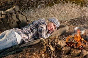 Bushcraft-Bed-Building