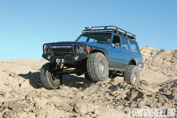 1986 Toyota Land Cruiser FJ60 – Doomsday Prepped