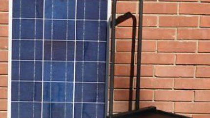 Offgridsolargenerators Portable Solar Generator Plug N Play 100 watt solar panel